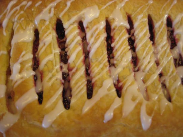 Almond-Raspberry Jalousie