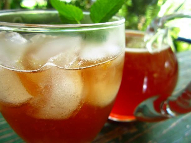 Iced Tea With Grenadine