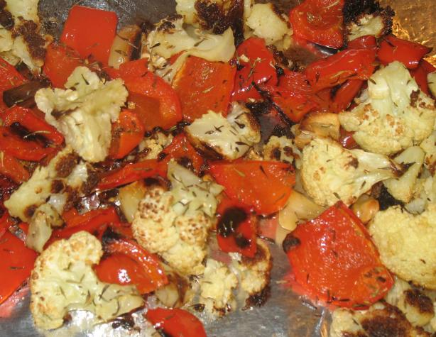 Roasted Cauliflower With Garlic & Red Peppers