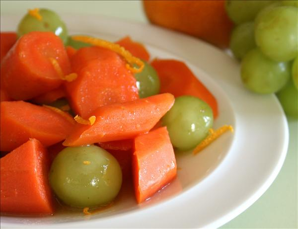 Glazed Carrots and Grapes