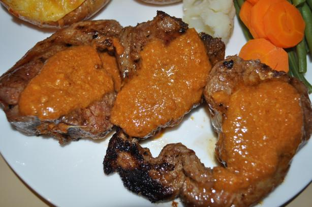 Lamb Chops With Spicy Peanut Sauce