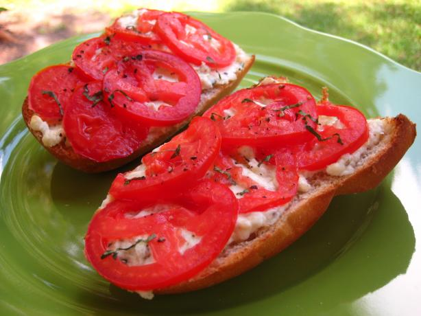 Tomato Cheese Bread