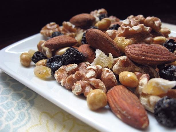 Blueberry Snack Mix
