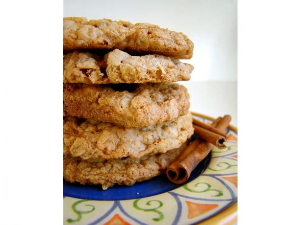 Yummy Oatmeal Butterscotch Cookies