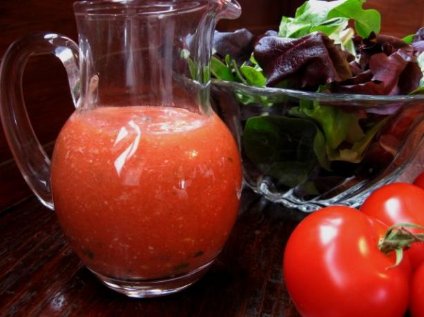 No Oil Fresh Tomato and Parmesan Dressing