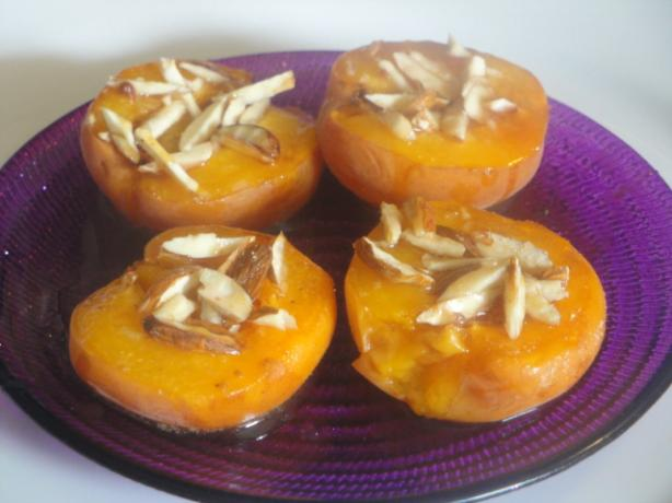 Baked Apricots With Honey (Albaricoques Al Horno Con Miel)
