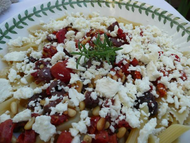 Bow Tie Pasta With Feta, Pine Nuts and Tomatoes