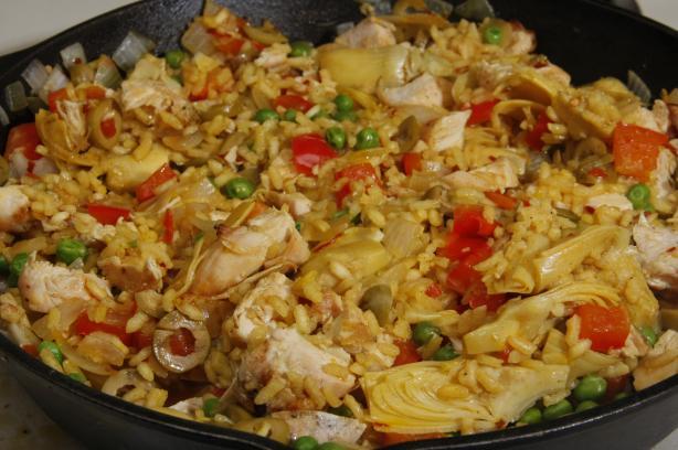 Mediterranean Chicken Paella