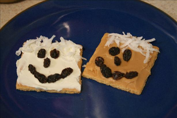 Graham Cracker Faces