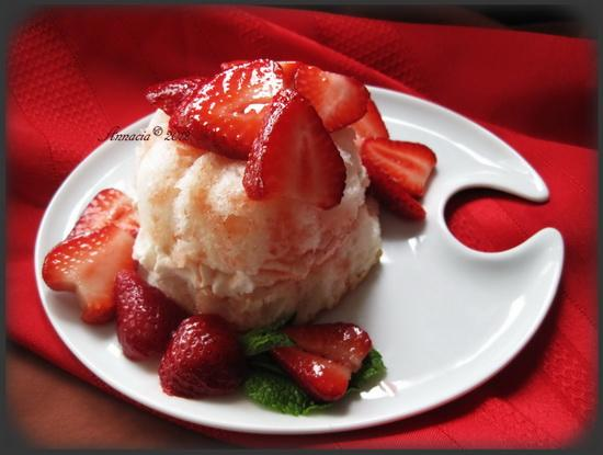 Strawberries With Lemon-Honey Syrup