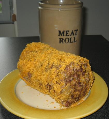 Gran Smith's Meat Roll, 361cals Per Serve