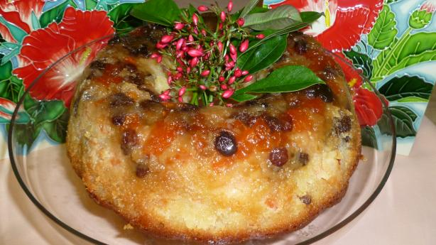 Bahamian Papaya Rum Cake