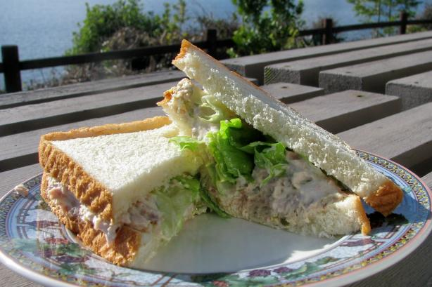 Tuna Sandwich: Simple and Delicious