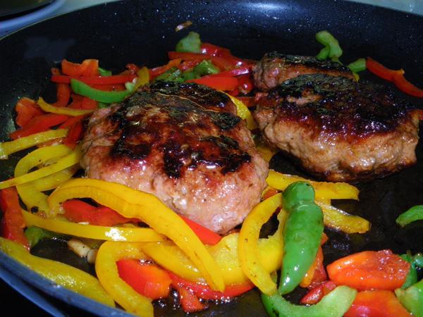 Salsiccia E Peperoni-- Italian Sausage With Peppers
