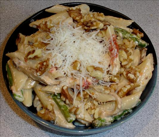 Penne Cremini -- With Sun-Dried Tomatoes and Walnuts