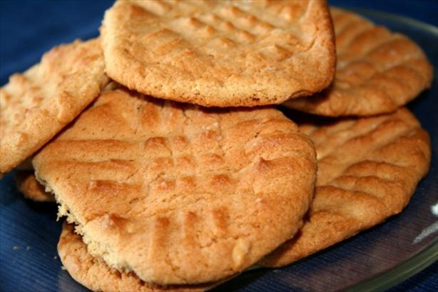 Crisscross Peanut Butter Cookies