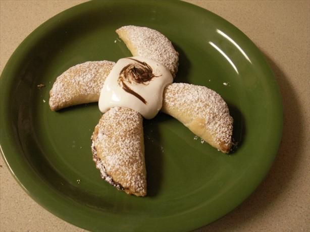 Banana Nutella Empanadas ( Empanadas De Platanos Y Chocolate)
