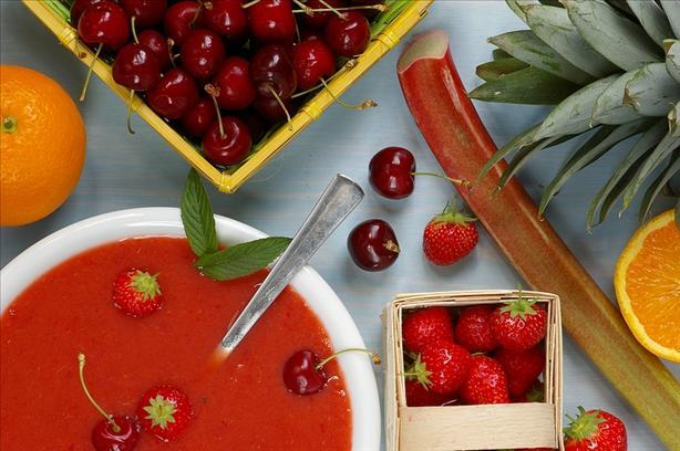 Palestinian Fruit Soup
