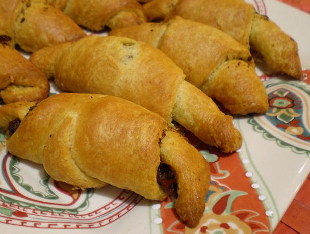 Almost Instant Tomato Basil Crescents