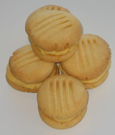 Vanilla Custard Kisses Cookies
