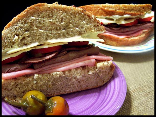 St. Louis' Amighetti Sandwich (Copycat)