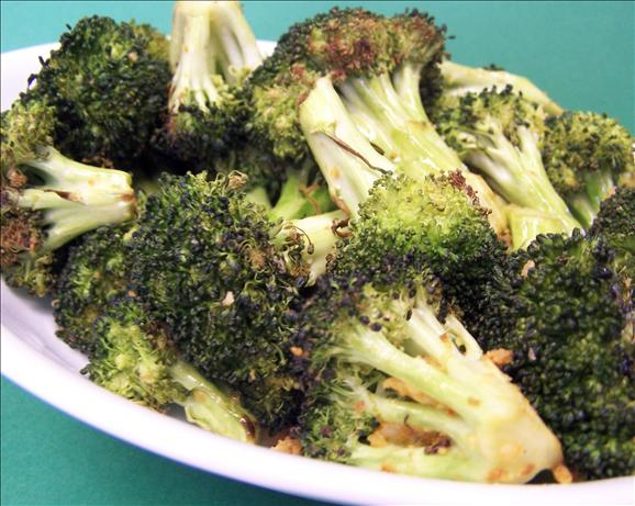 Smokey Chili Roasted Broccoli