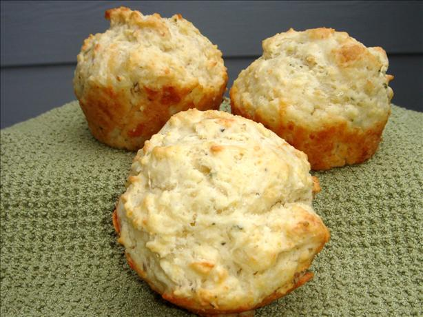 Garlic Mozzarella Muffins