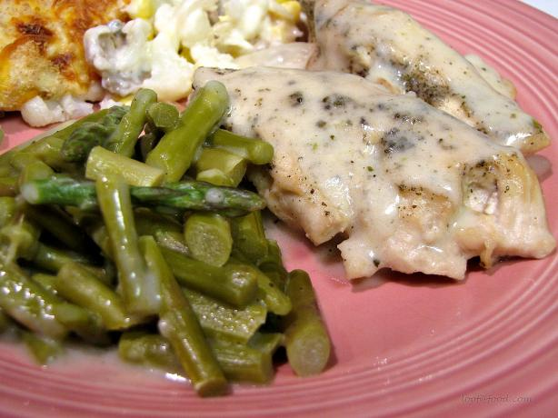 Norfolk Turkey Breast With Asparagus