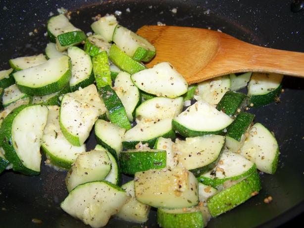 Minty Indian Zucchini (Tabbakh Ruhu)