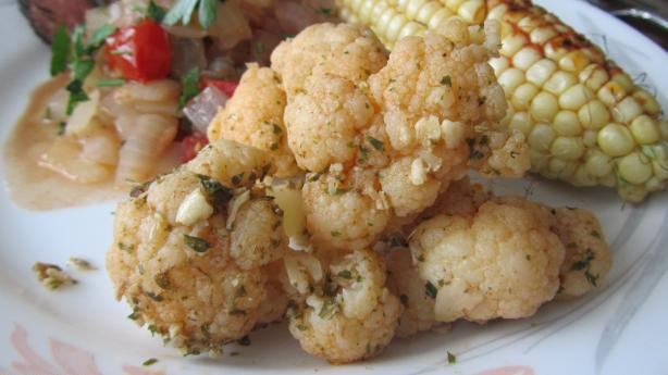 Cauliflower With Garlic and Paprika