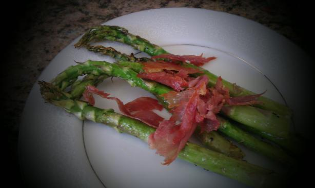 Asparagus With Proscuitto Chips