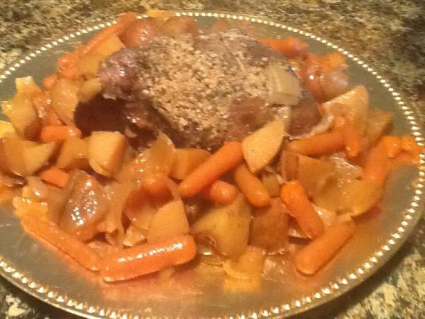 Kelly's Bombdiggidy Crock Pot Pork Roast