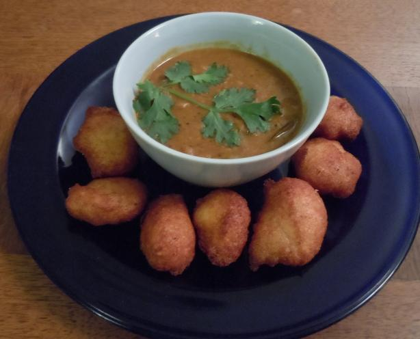 Sambhar Vada (Yellow Lentil Soup With Spiced Doughnuts)