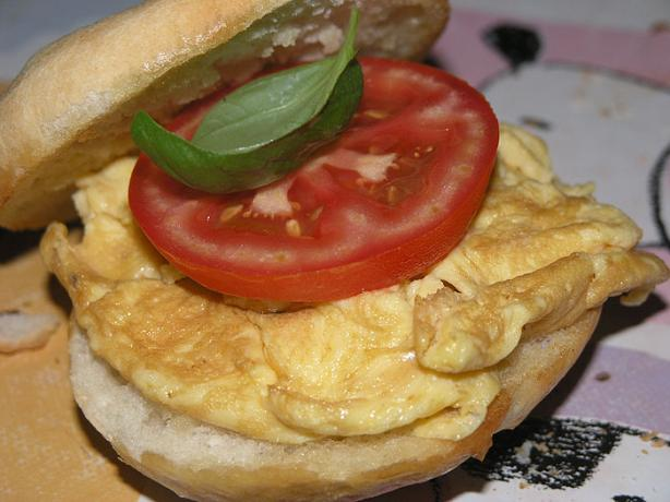 Nitko's Egg and Tomato Sandwich