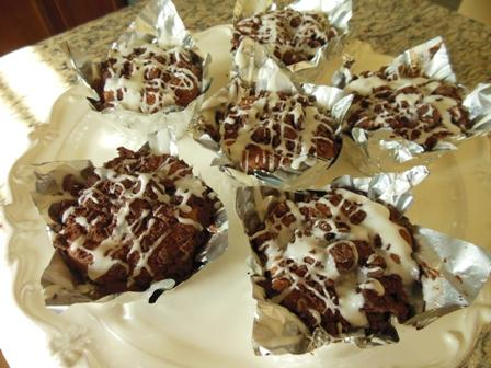 Dark Chocolate Cream Cheese Crumb Muffins #RSC