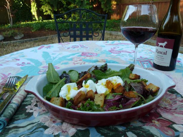 Salad Lyonnaise