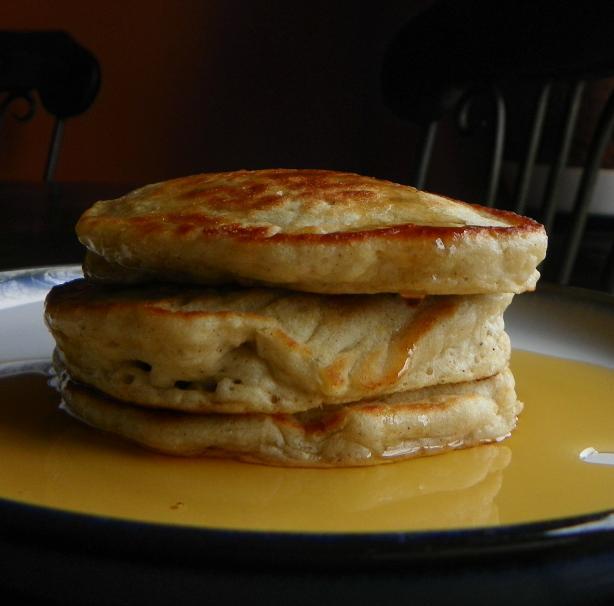 Stupendous and Easy Banana Pancakes