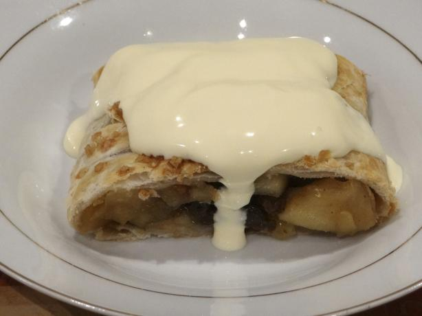 British Apple Strudel