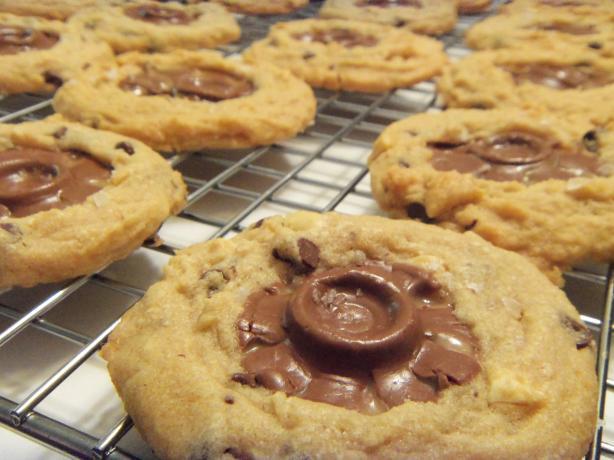 Peanuty Rolo Cookies