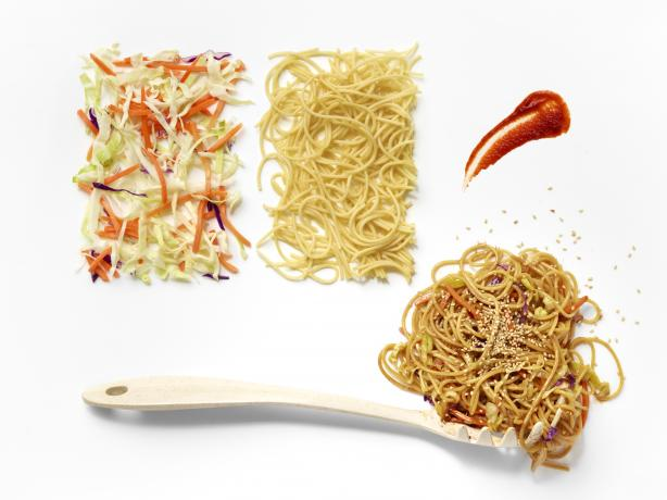 Spicy Slaw Mein