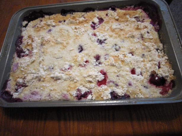 Berry Buckle Cake