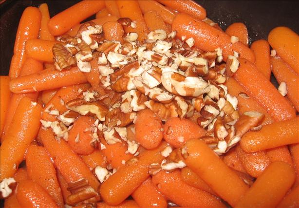 Sweet Carrots With Pecans