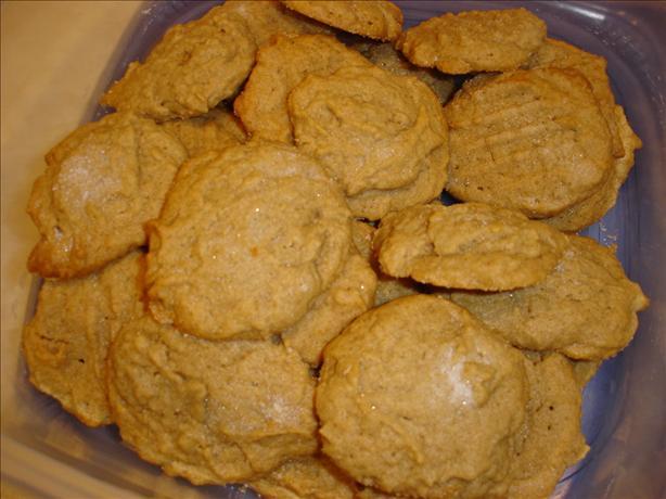 Cinnamon- Peanut Cookies