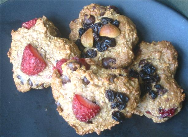 Strawberry Chocolate Chip Oatmeal Cookies