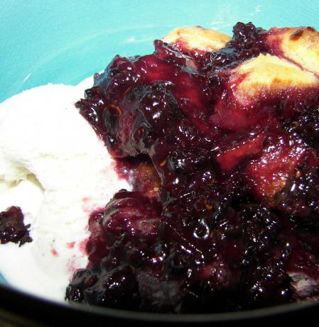 Deluxe Blackberry Cobbler