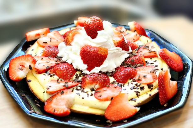 Strawberry-Topped Puffy Pancake With Creamy Orange Filling