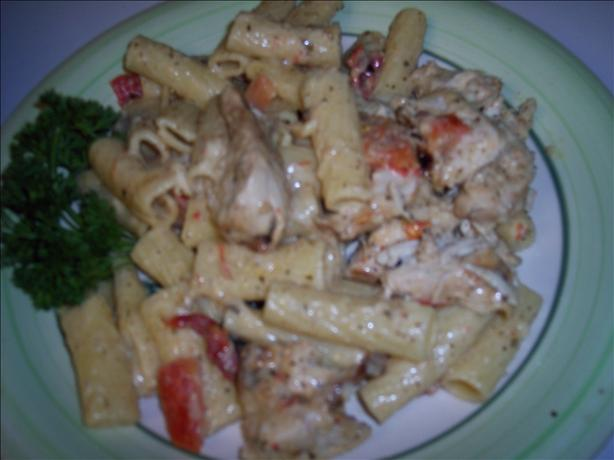 Grilled Chicken Rigatoni With Pesto Alfredo Sauce