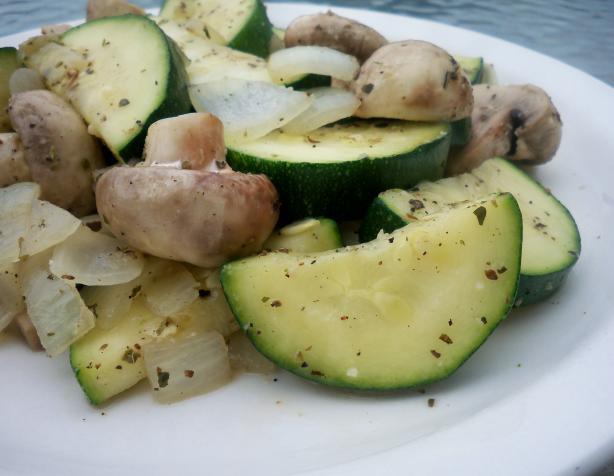 Zucchini and Mushroom Skillet