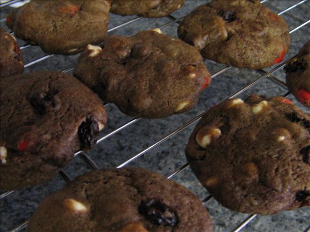 Chocolate Chocolate Chocolate Cashew Cookies (with Raisins)