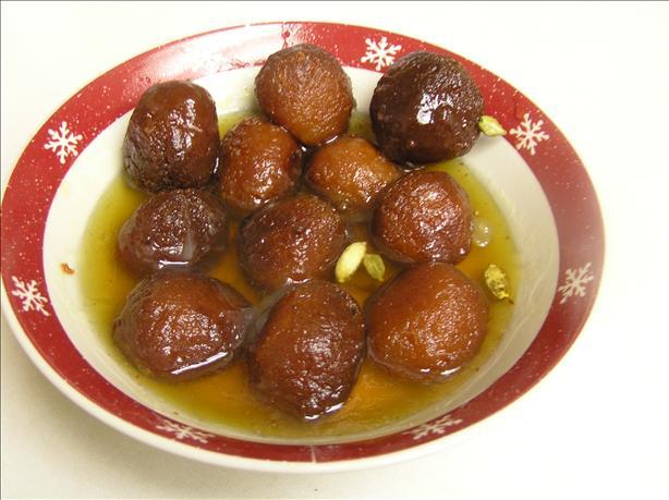 Sweet Milk Balls (Gulab Jamun)